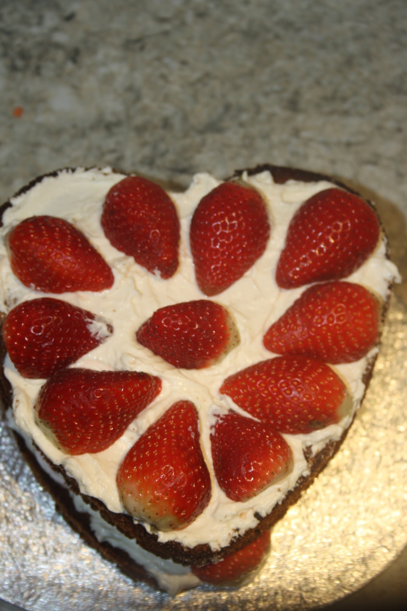 Slimming World Low Fat Valentine's Strawberry Heart Cake