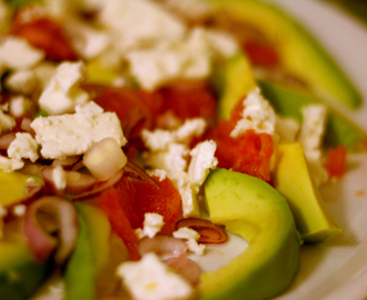 Salade van avocado, grapefruit & feta