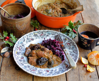 Christmas Eve Comfort Food – Christmas Carollers' Casserole: Elizabethan Spiced Beef Stew