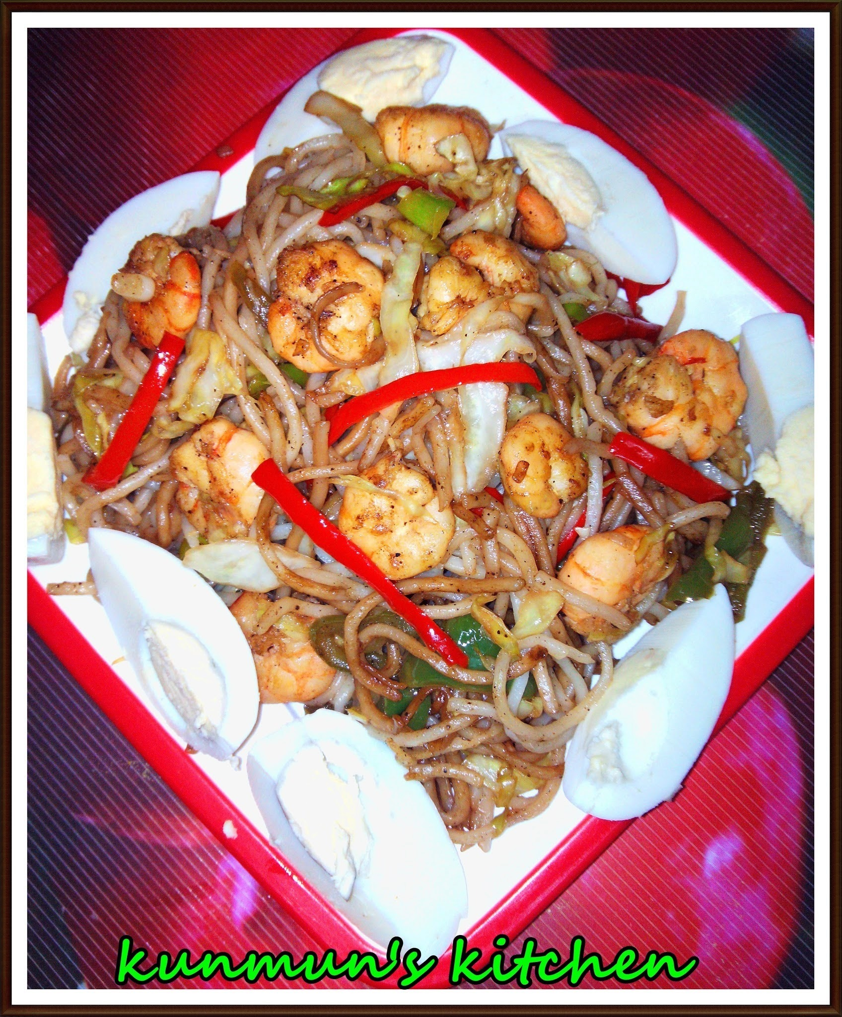 PRAWN GARLIC HAKKA NOODLES