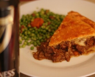 Steak, guinness and cheese pie de Jamie Oliver.