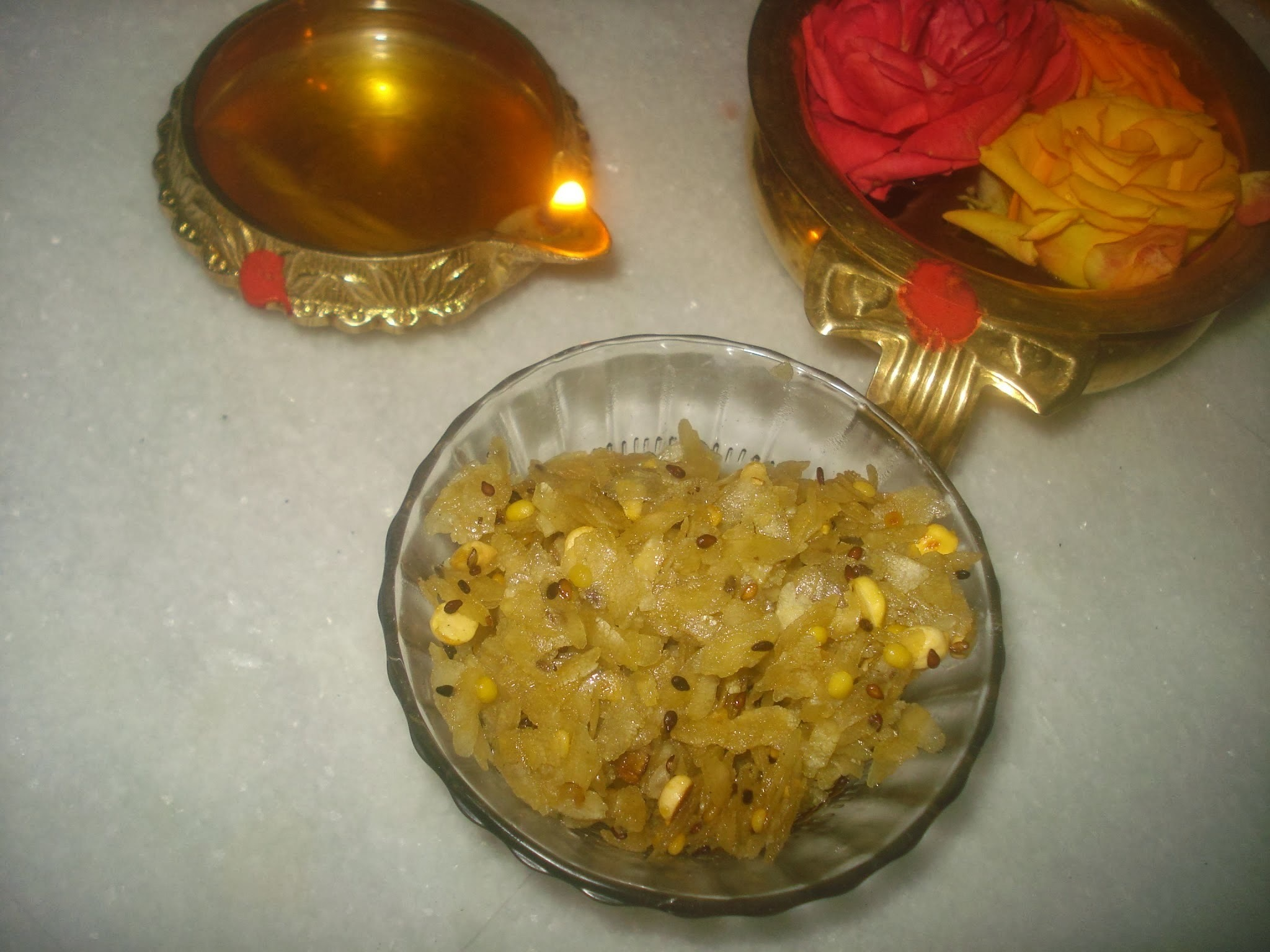 Sweet Crunchy Poha Recipe