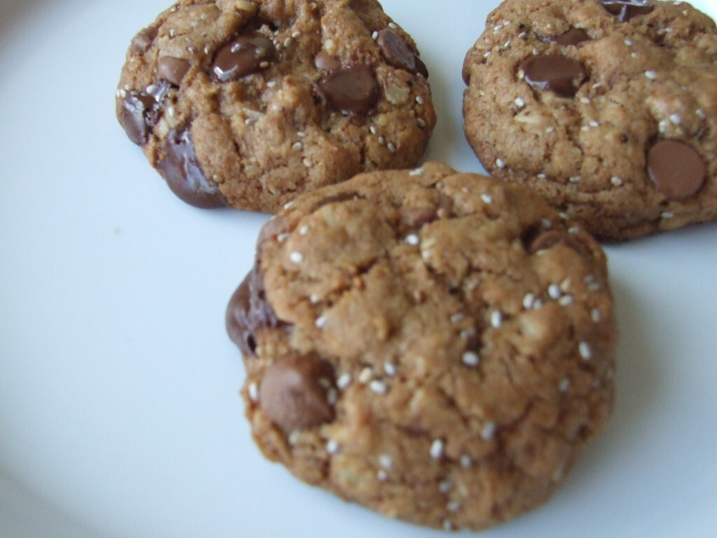 Another 'healthier' chocolate chip cookie (oat, chia and flax, or whatever you want)