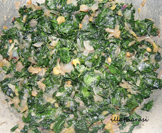 Drumstick leaves(Moringa leaves/Murungai Keerai) poriyal