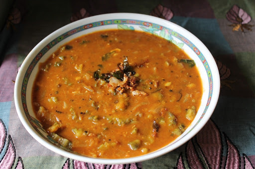 Amma's Pavakai Pitlai / Bitter Gourd & Toor Dal Curry / Karela Curry