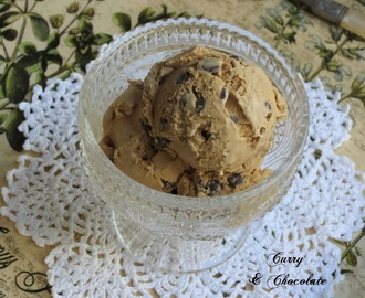 Helado casero de café bombón y chips de chocolate – Espresso coffee chocolate chip ice cream