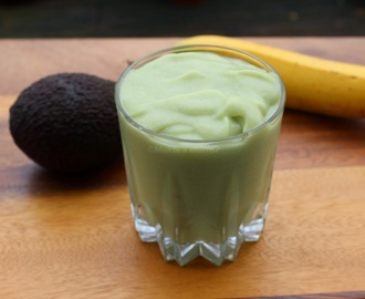 Avocado, Banana and Coconut smoothie