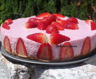 Cheesecake de morangos - light