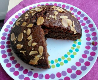 Flourless Almond & chocolate cake with coconut (Gluten-free)