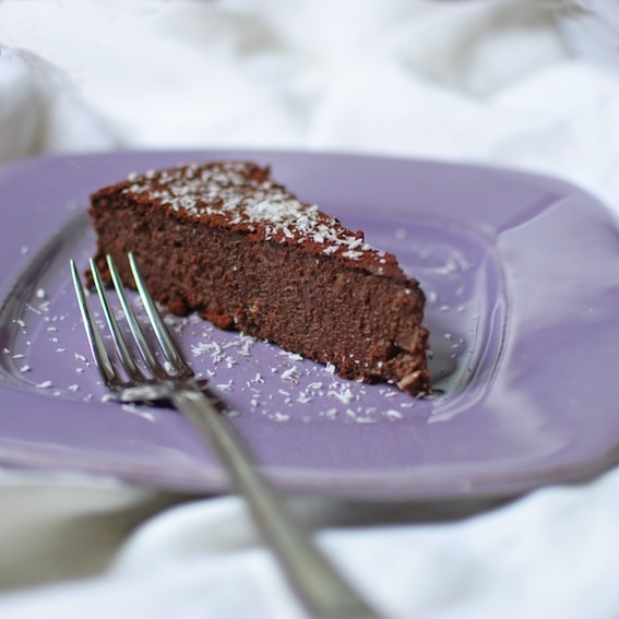 Coconut chocolate mousse cake (gluten free)