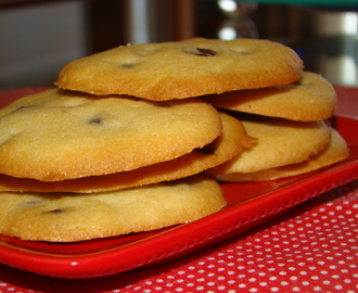 GALLETAS DE MANTEQUILLA CON PEPITAS DE CHOCOLATE
