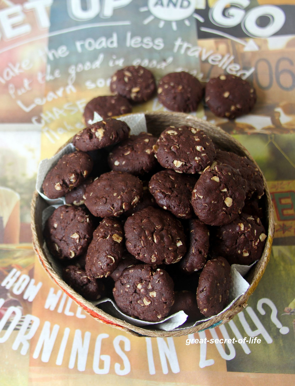 Chocolate Peanut Butter Oats Cookies - Eggless Cookies recipe