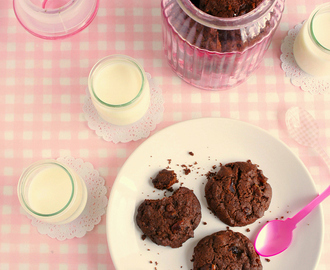 Very Chocolaty Chocolate Cherry Cookies