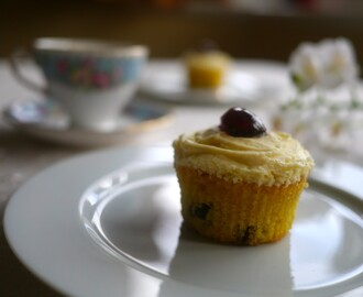 Mothering Sunday Amaretto Sour Cupcakes