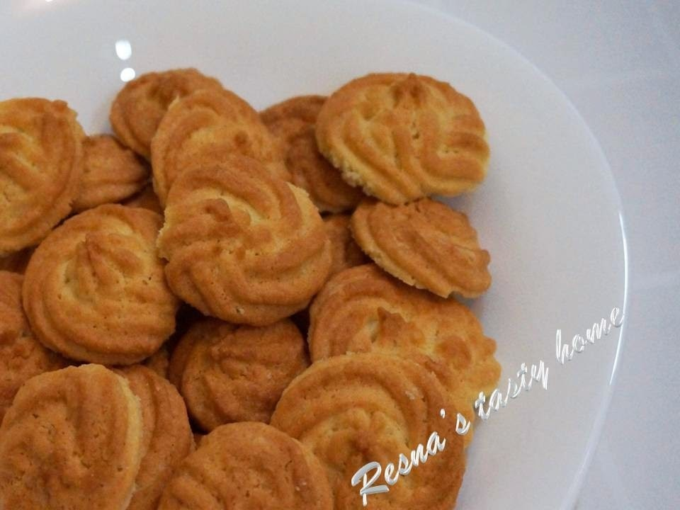 Coconut cookies - stepwise picture