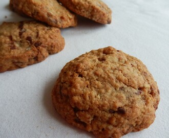Chocolate Chip and Pecan Oat Cookies