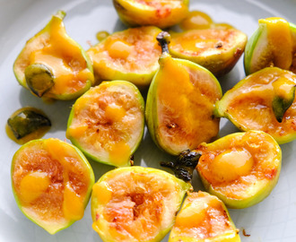 Grilled Figs With Orange Sauce