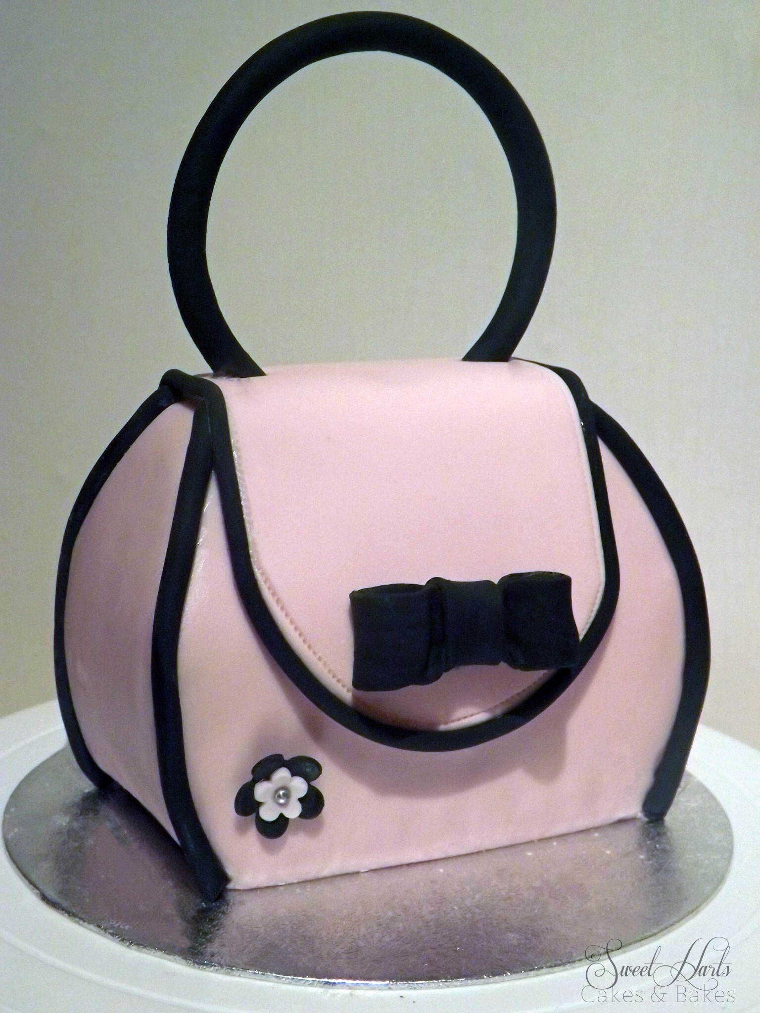 World Baking Day,Baking Brave and a Handbag Cake!