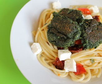 Spinach and Feta Croquettes With Pasta