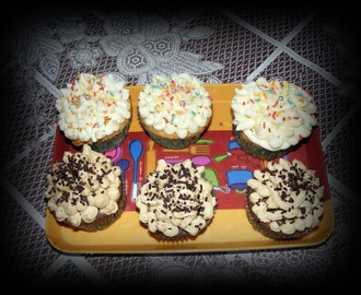 CUPCAKES DE QUESO, CAFE Y CHOCOLATE