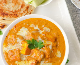 Shahi Paneer (Cottage cheese in rich creamy saffron gravy)