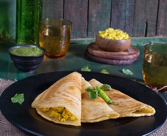 Paneer Moong Dal Chila \ Lentil Crepe with Cottage Cheese Stuffing