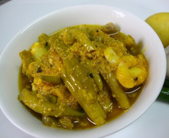 Green Chilli Garlic Pickle