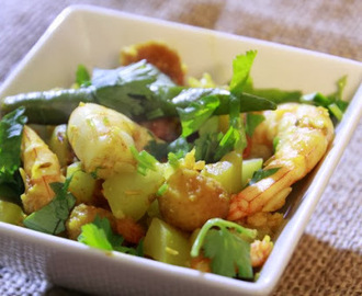 Lau Chingri ar bori - Bottle gourd and shrimp - Lau Chingri ar bori