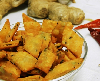 Nimki Recipe with Methi Leaves | Indian Snack