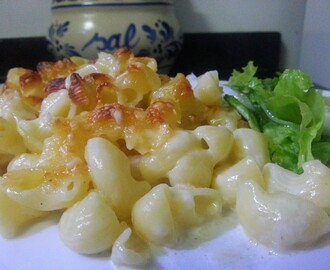 Macarrão com queijo /Macaroni and Cheese (Mac and Cheese)