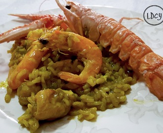 ARROZ CON RAPE Y MARISCO/Paella with monkfish and seafood