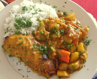 Curry baked chicken with vegetable curry & green pea rice