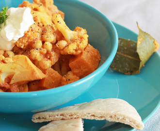 butternut, cauliflower & chickpea curry