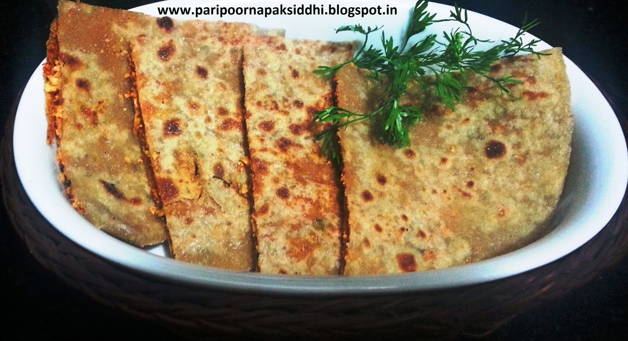PAPAD STUFFED PARATHA