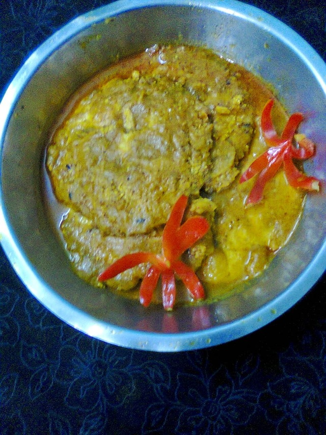 Fish Egg (Roe) Curry / Fish Egg Omelette In Gravy.