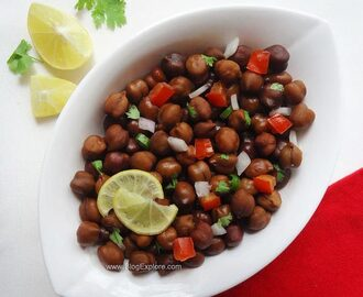 Kala Chana Chaat – Black Chickpeas Chaat