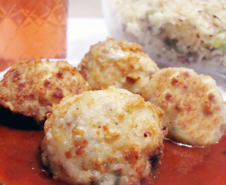Stuffed Fried Mushroom Balls with Chili Garlic Sauce