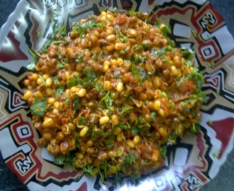 sprouted moong sabzi