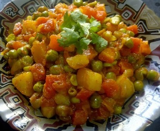 Aaloo, mutar & gaajar ki sabzi ( potatoes,green peas & carrot)