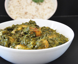 Aloo Palak | Potato Spinach Curry