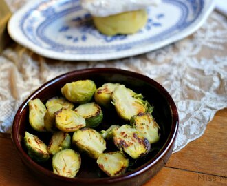 Coles de bruselas asadas con vinagre de arroz - Roasted Brussel Sprouts and rice vinegar