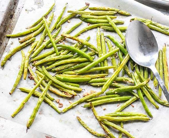 Parmesan garlic green beans
