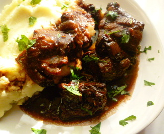 oxtail stew with warming spices: a wonderful winter warmer