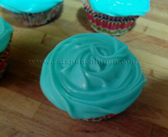 Cream Cheese Frosting (crema/glasa de queso cremoso)