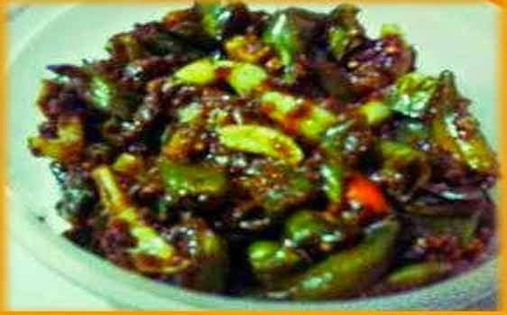 Garlic - Green Chilli Pickle
