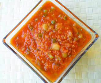 Healthy tomato spring onion moong soup