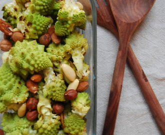 November favoritt grønnsak: Roasted Romanesco with Salted Nuts...