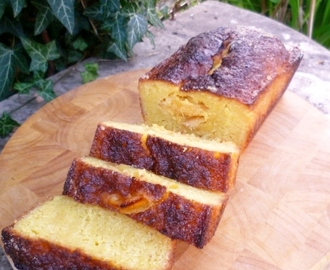 demerara, almond and lemon drizzle cake (another winning Nigel Slater recipe)
