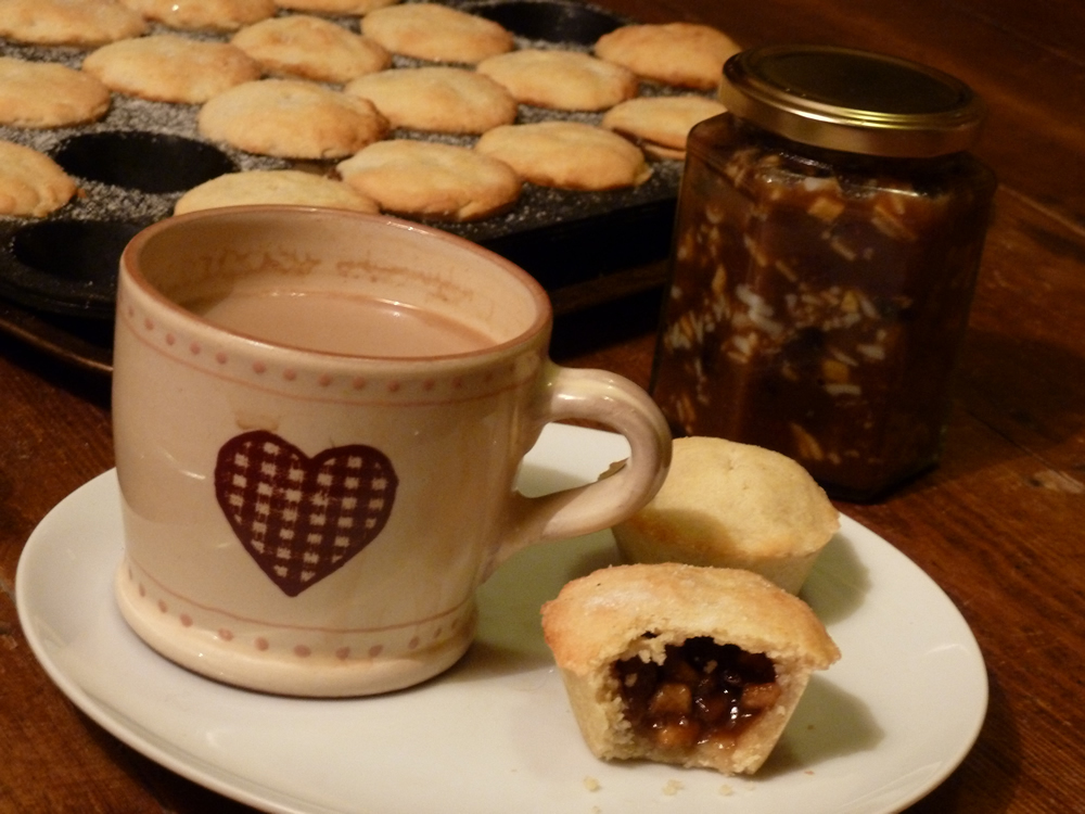 Homemade Boozy Mince Pies
