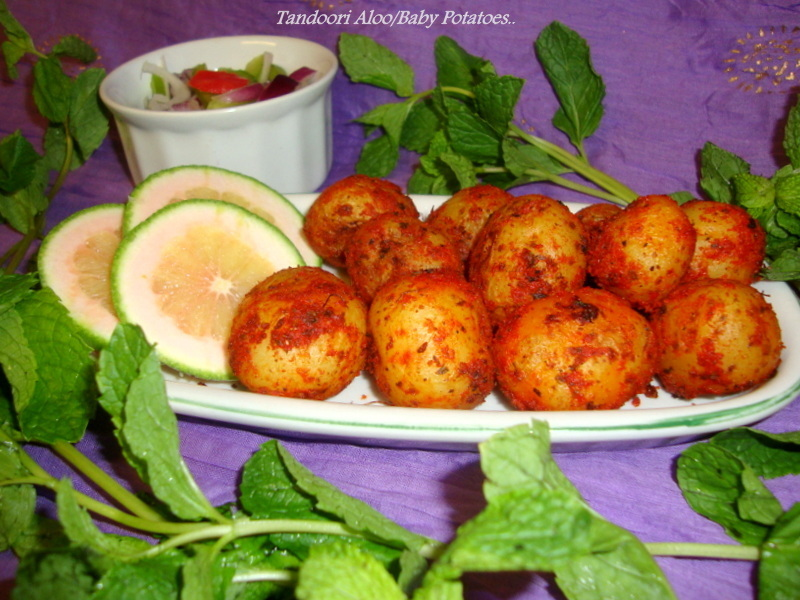 Tandoori Aloo Recipe / Oven Baked Spicy Potatoes / Baked Baby Potatoes Recipe